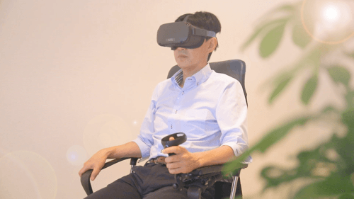 VRゴーグルを使った「VR空間ナビ脳機能測定」